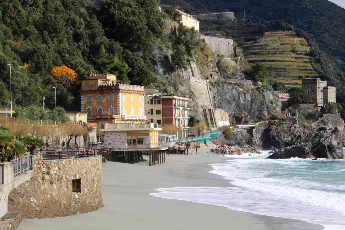 Entering Monterosso